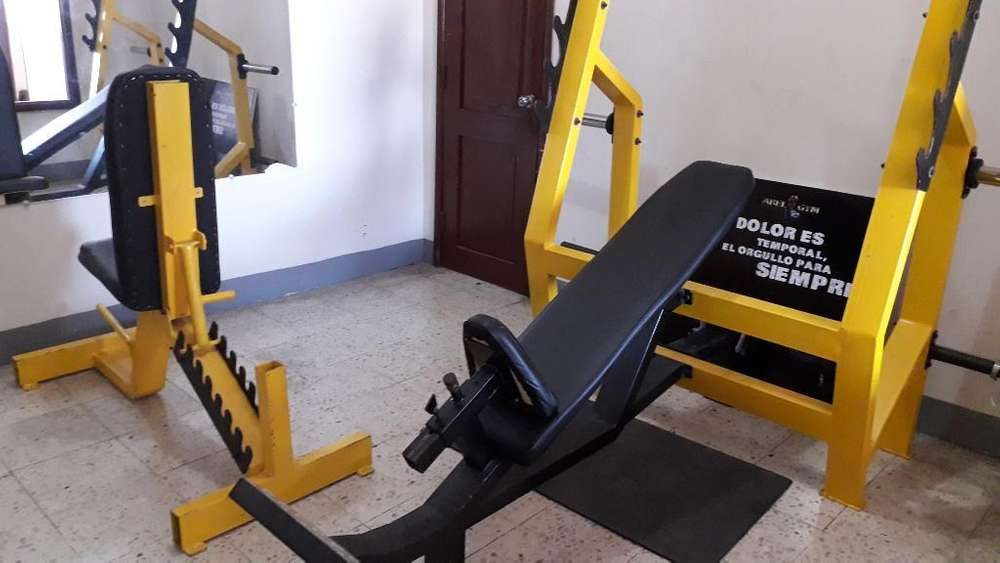 Se Vende <strong>gimnasio</strong>