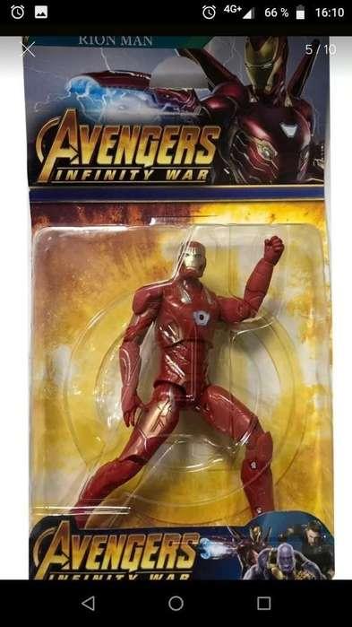 Muñecos de Avenger en Caja