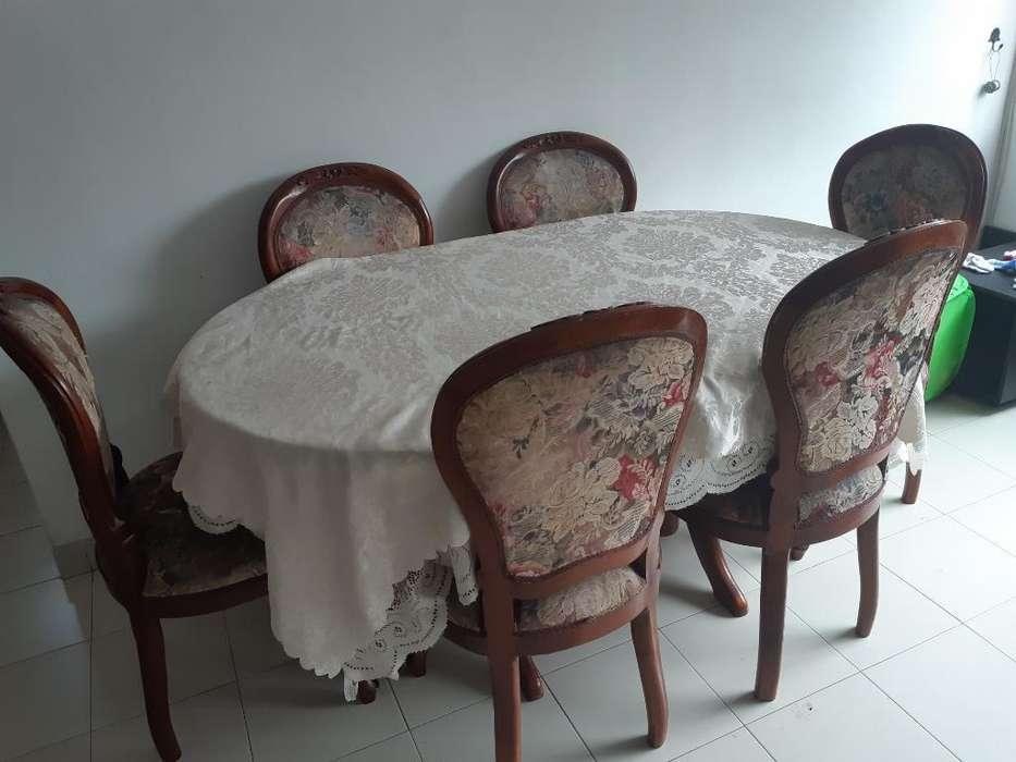 Mesa Veneciana en Roble para Reparar