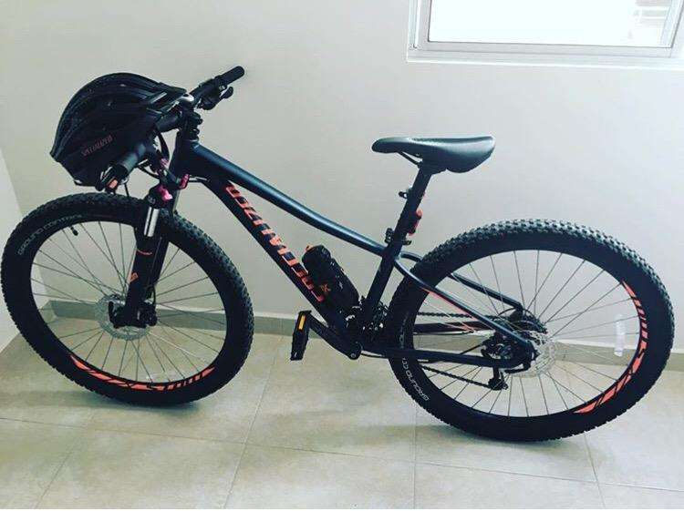 Vendo Bicicleta Specialized