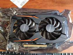 Tarjeta de video Gigabyte Radeon RX560 4 GB excelente estado