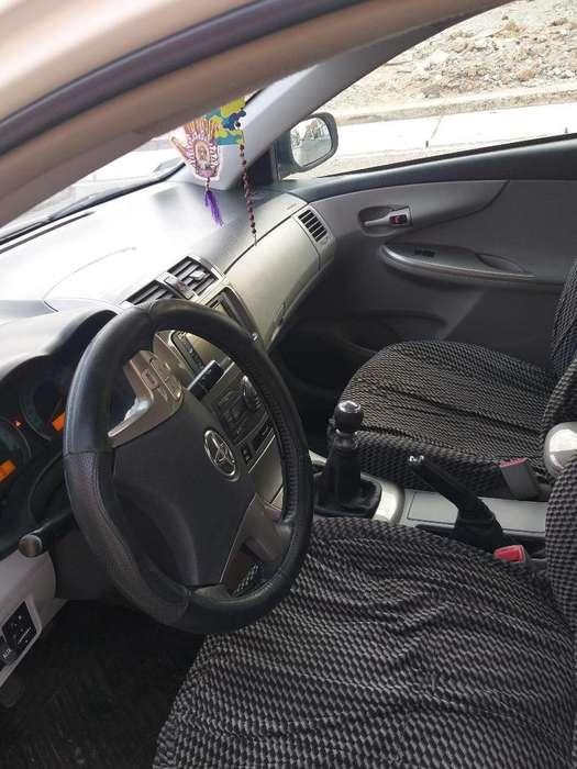 Toyota Corolla 2012 - 77800 km