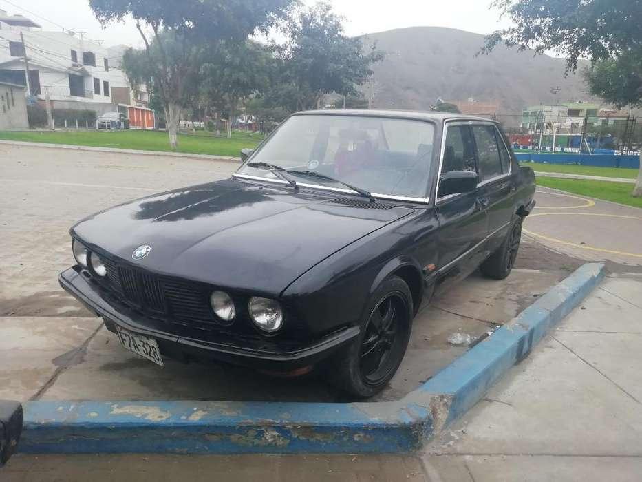 BMW 520i 1982 - 9000 km