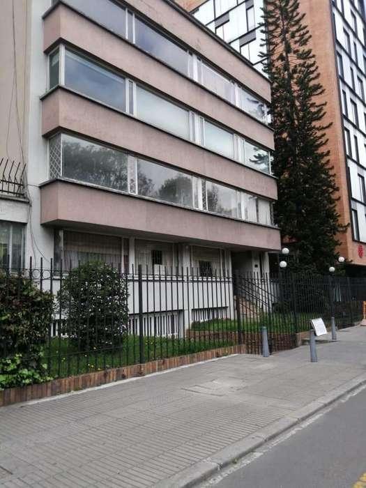 ARRIENDA <strong>apartamento</strong> CHICO NAVARRA EDIFICIO GRAN AVENIDA