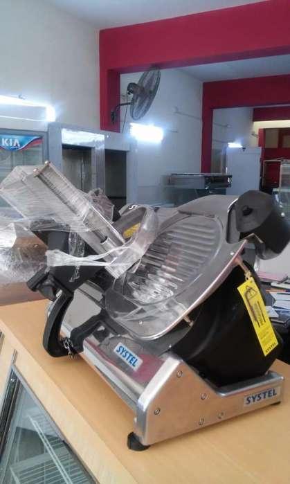 Cortadora de fiambre SYSTEL CUCHILLA 330 mm de acero con garantia un año .NUEVA