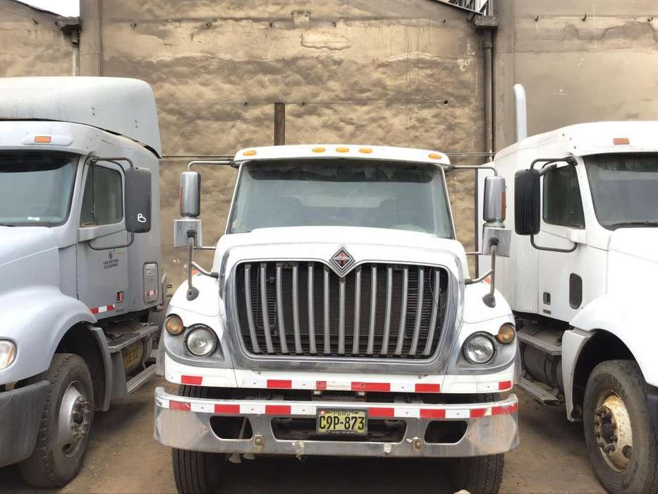 REMOLCADOR INTERNATIONAL 7600 6X4 DEL AÑO 2011 SEMINUEVOS DIVEMOTOR