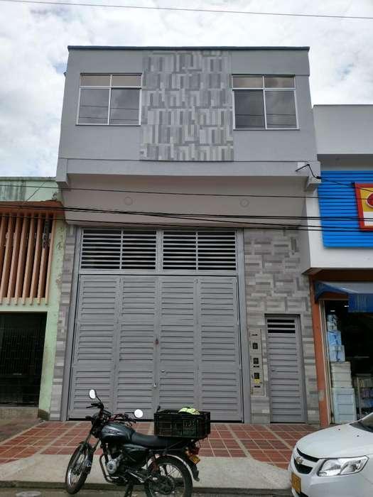 <strong>local</strong> Comercial Y Apartamentos