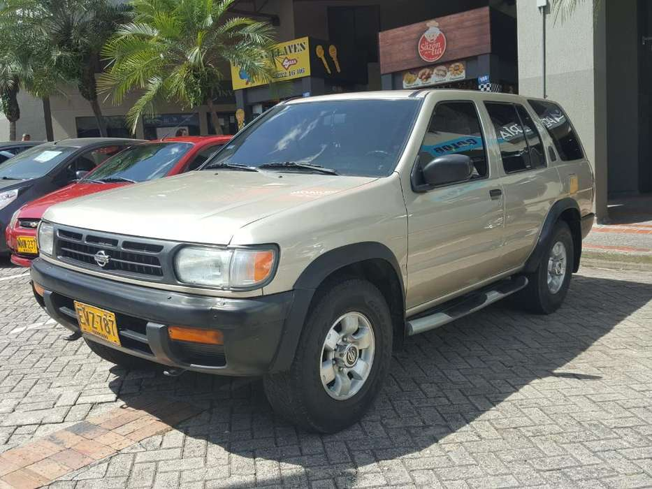 Nissan Pathfinder 1998 - 116000 km