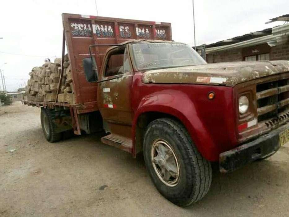 Camión Plataforma