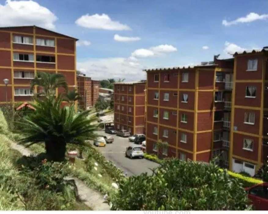 Arriendo <strong>apartamento</strong> Urbanización los Cristales. Sector las Acacias.