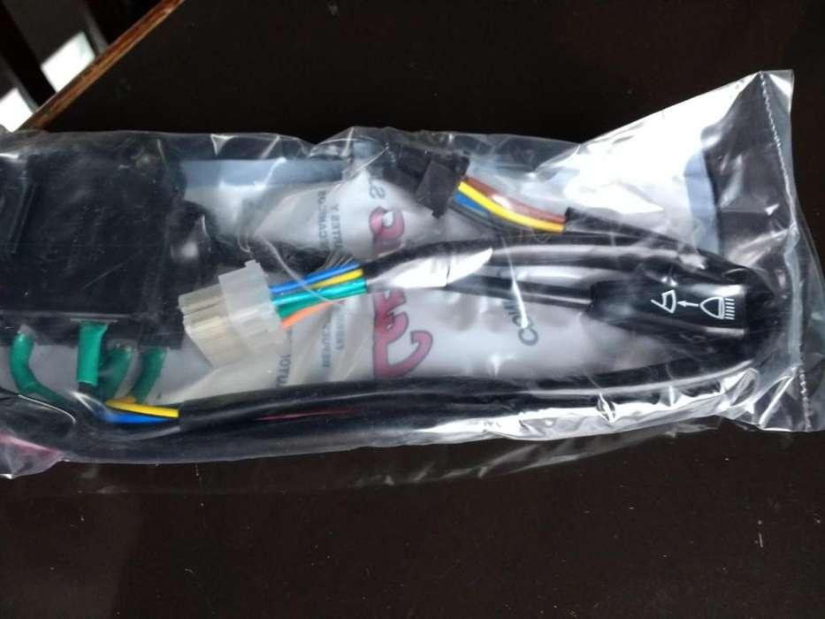 Llave de luces, limpiapar. y bocina P504 80/90