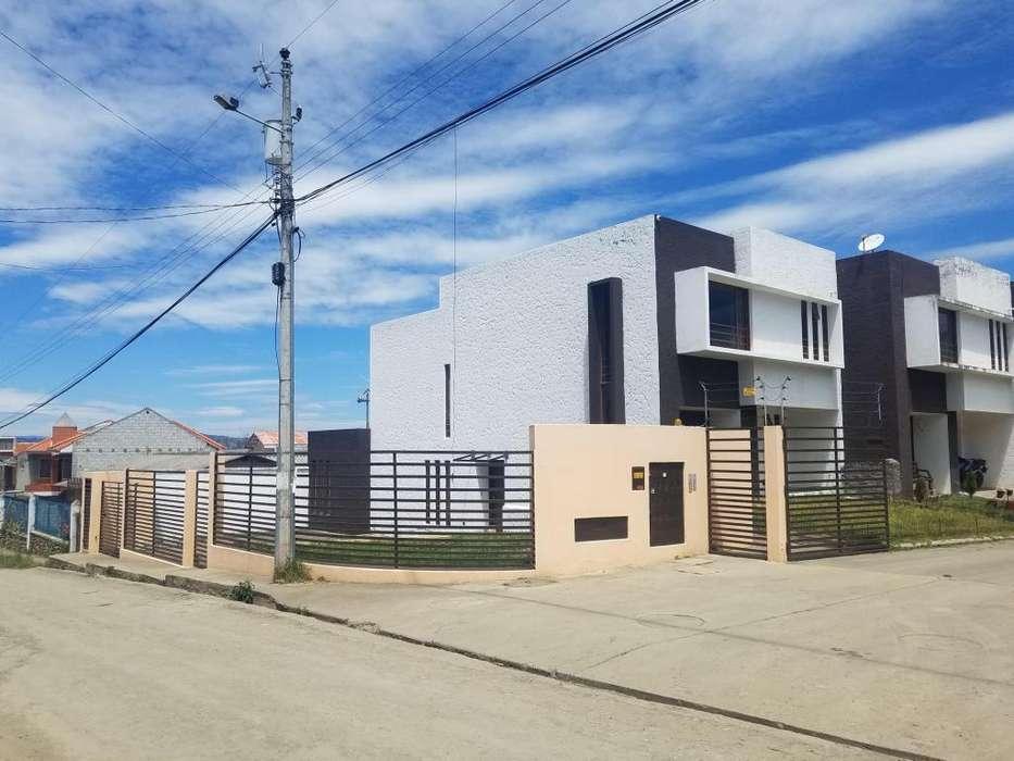 Casas Cuenca Vende Casa Ricaurte Con Amplio Espacio Verde