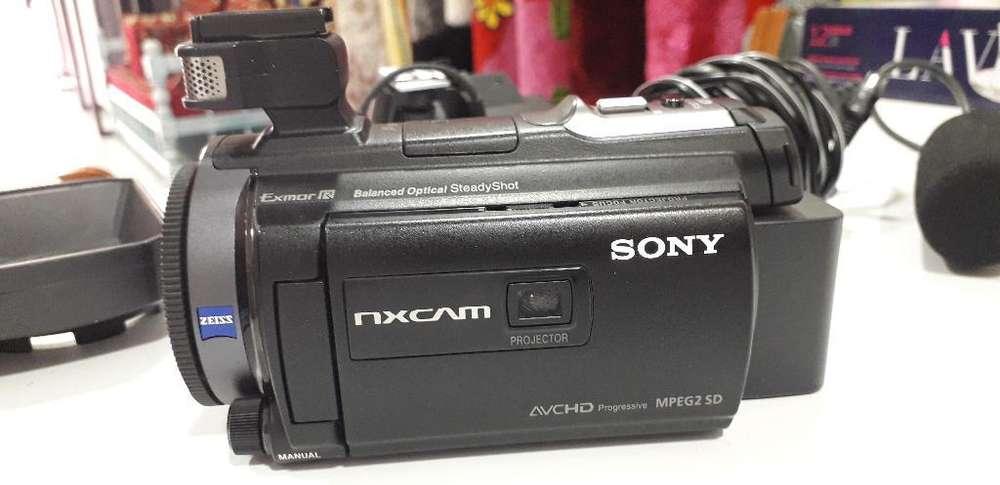 Sony Hxr-nx30e con Proyector 96gb