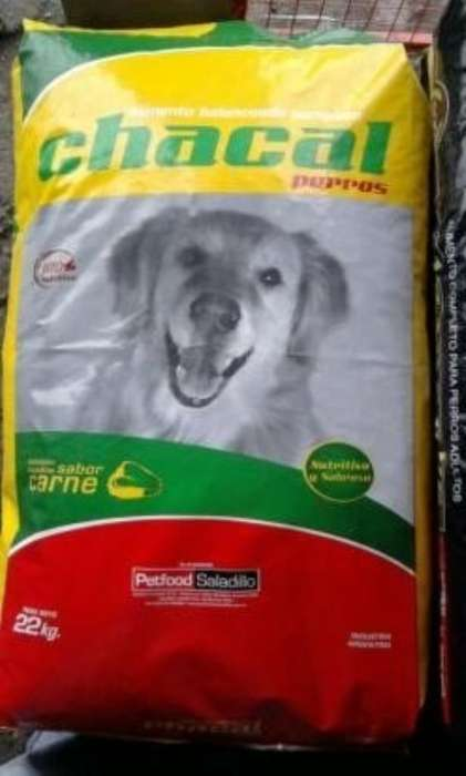 Alimento para <strong>perro</strong>s Chacal 15 Kg.