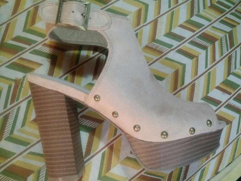 Zapatos Nuevos, de Gamuza.