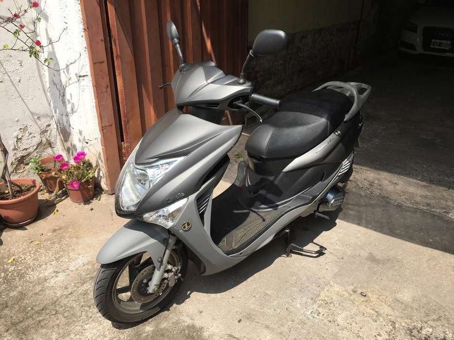 Zanella Styler 150 Lt <strong>scooter</strong>