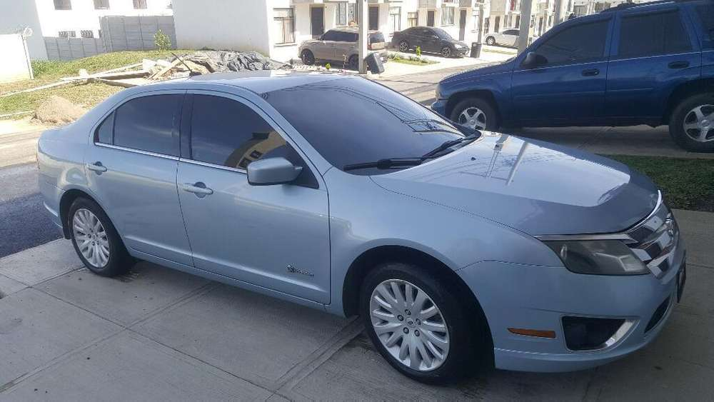 Ford Fusion 2010 - 144727 km