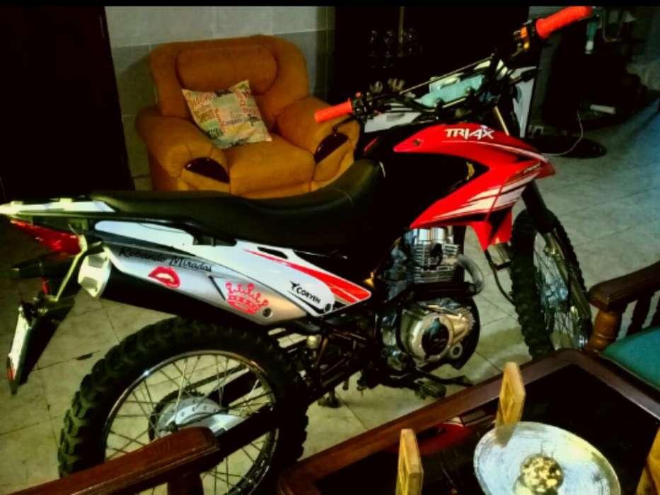 Vendo Triax 200 Cc