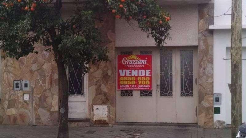 DOS DEPARTAMENTOS INTERNOS CON ENTRADA PARA COCHERA. ANCHORENA 200