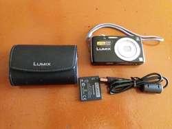 Vendo Cámara Panasonic Lumix Como Nueva