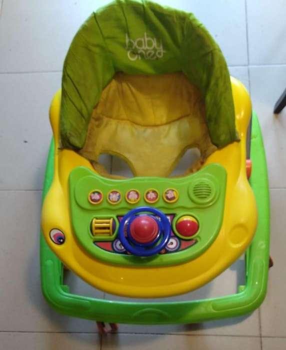 Andador Baby One Autito con sonidos