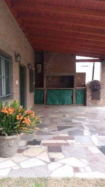 Casa en Venta en Pinares, Almafuerte US 120000
