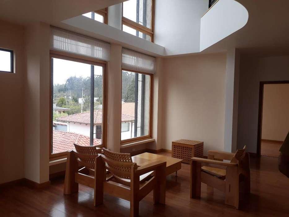 Monteserrin Rento hermoso Penthouse