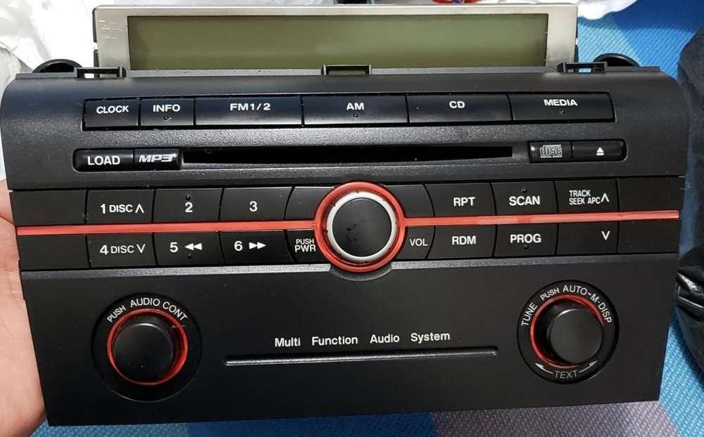 Vendo radio original Mazda 3 2010 en 150
