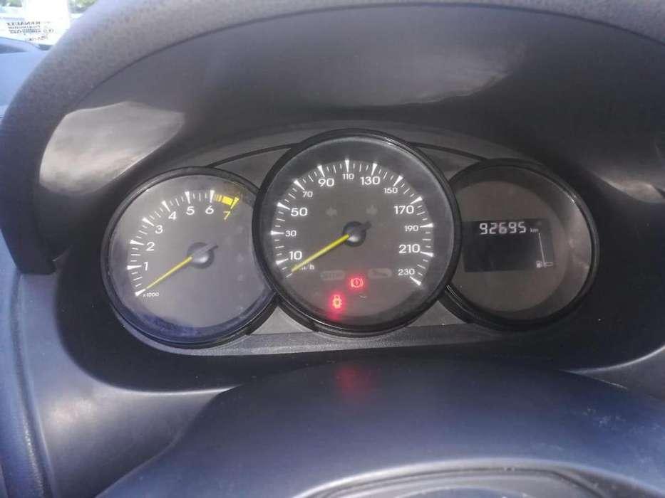Renault Fluence 2012 - 0 km
