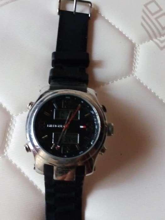 Vendo Reloj Tomy Hilfiger Original
