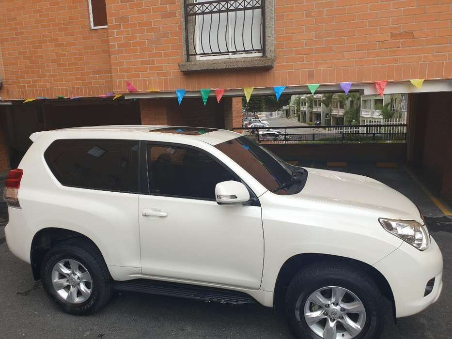 Toyota Prado 2011 - 99000 km