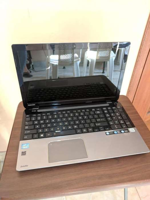 Laptop <strong>toshiba</strong> Core i5