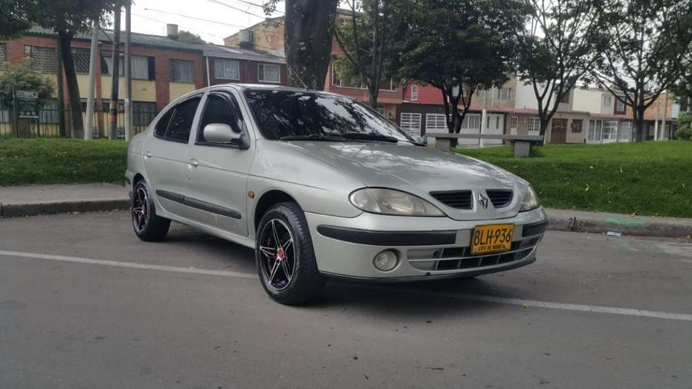 Renault Megane  2001 - 149000 km
