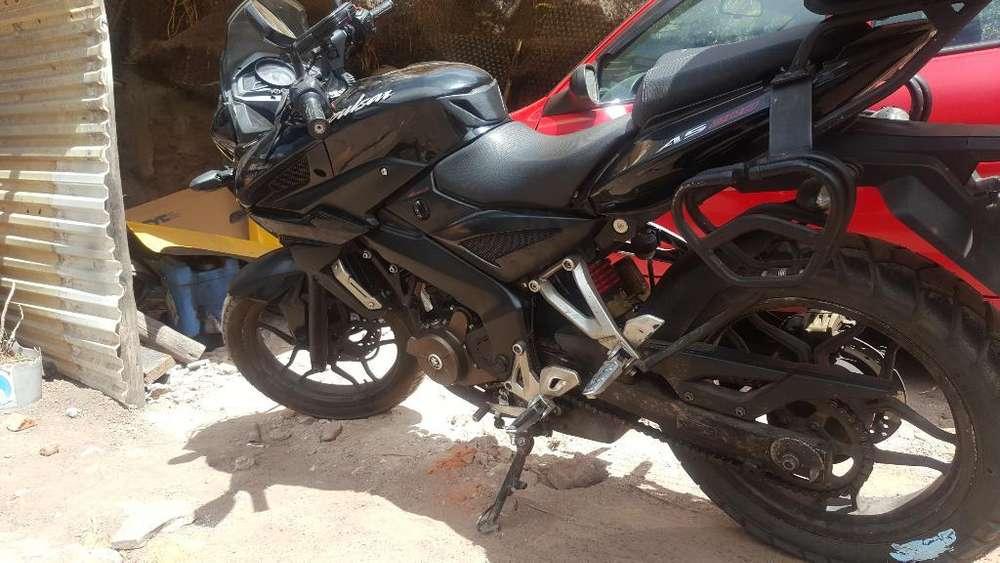 Vendo Moto Pulsar As 200 con 25mil K
