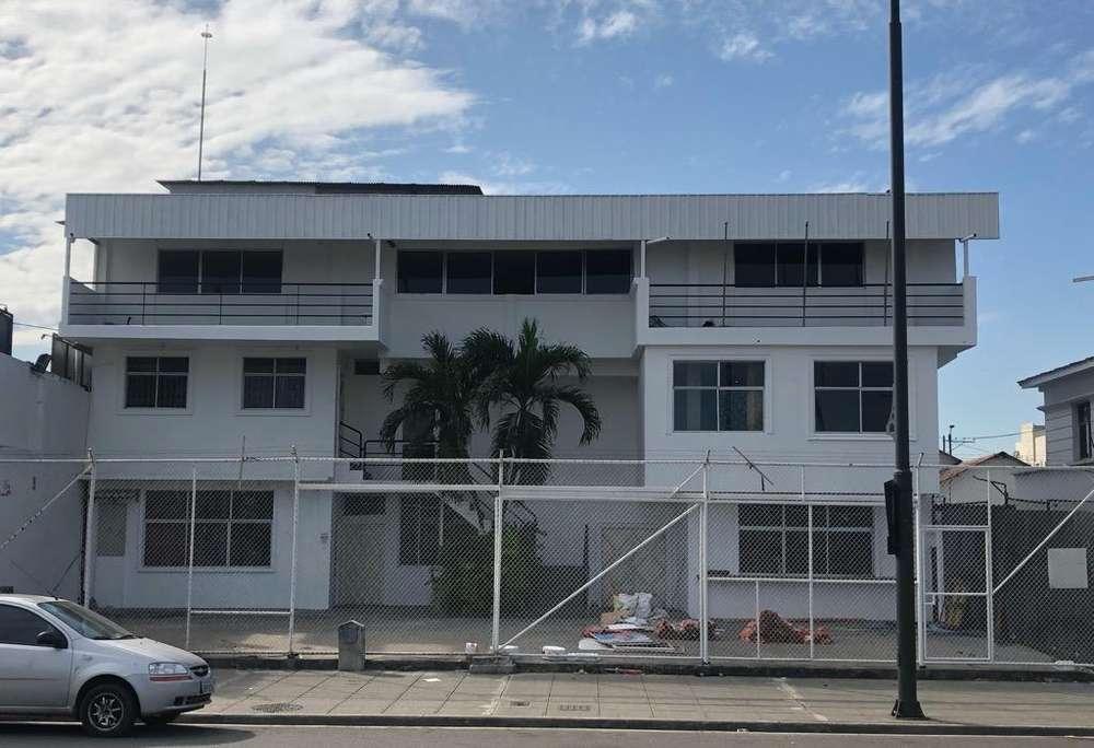 Edificio en Anquiler para Empresas