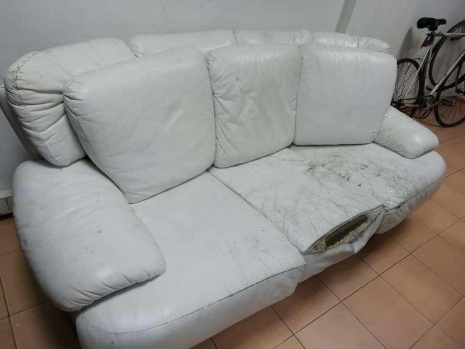 Sillón sofá 3 cuerpos mas individuales, escucho ofertas