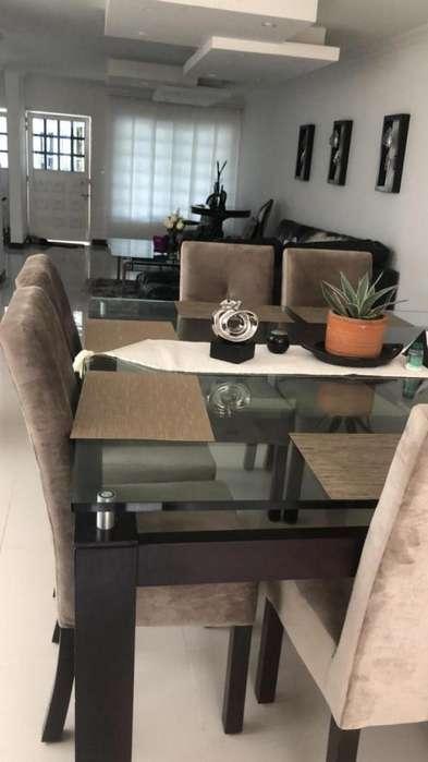 <strong>casa</strong> En Arriendo/venta En Cali Urbanización La Flora Cod. ABCMP1153