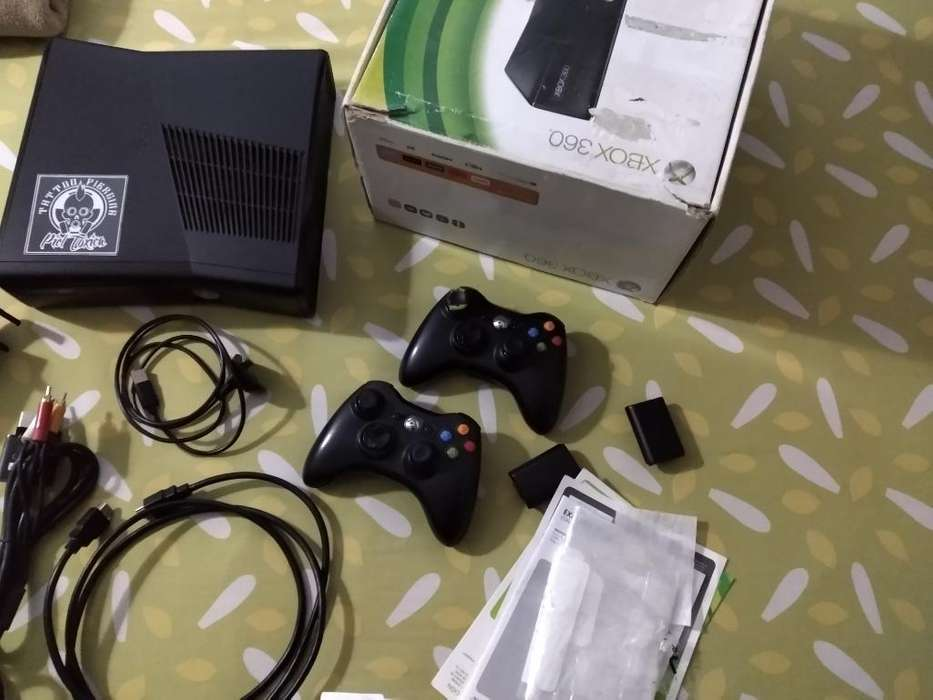 Xbox 360 Slim 3.0 Dos Controles