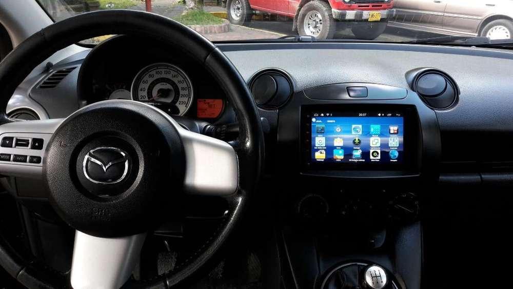 Ganga!! Consola Radio Pantalla Mazda 2