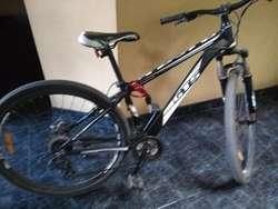 Se vende bicicleta GTS 21 velocidades