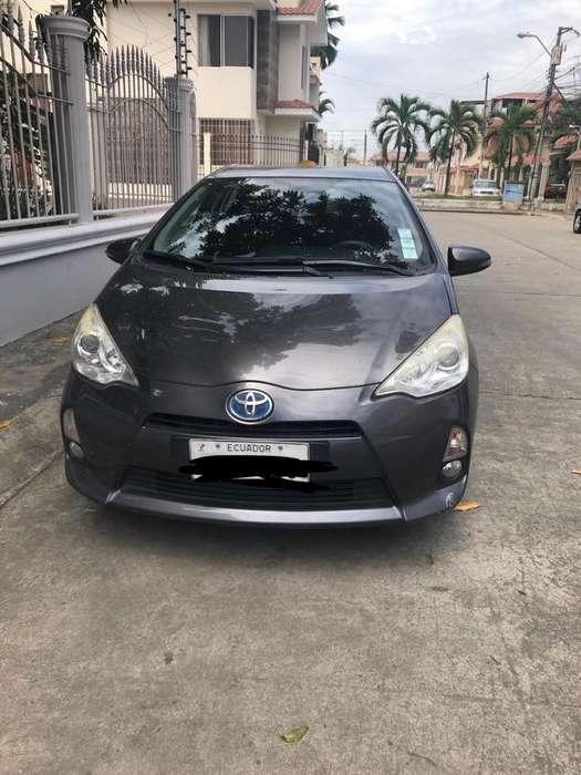 Toyota Prius 2013 - 111000 km