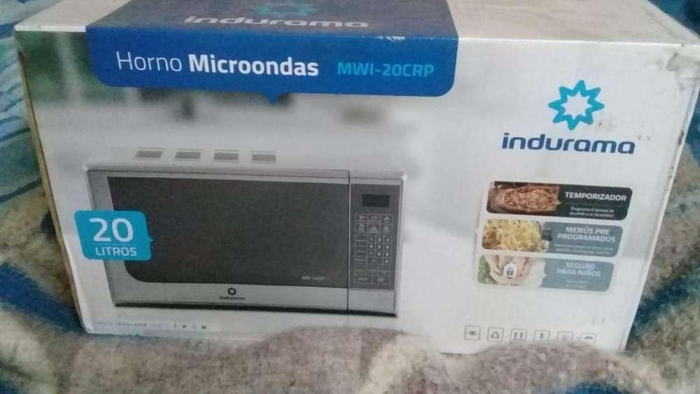 Microondas Indurama - 20 Litros