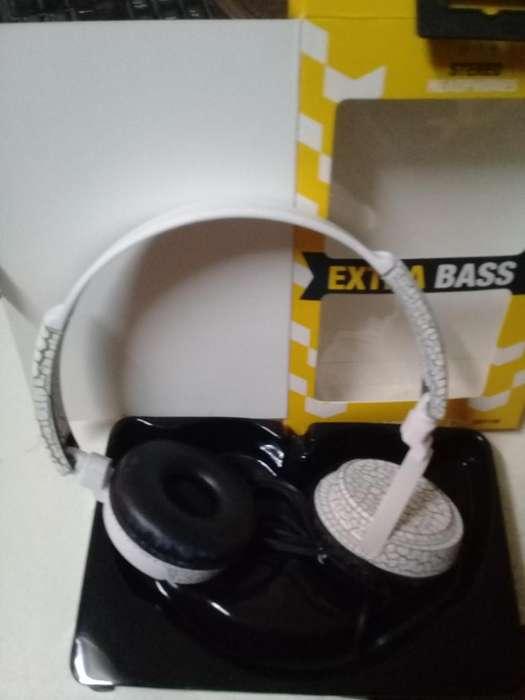 Auricular con micrófono, manos libres, ideal Ps4 , Pc o Cel