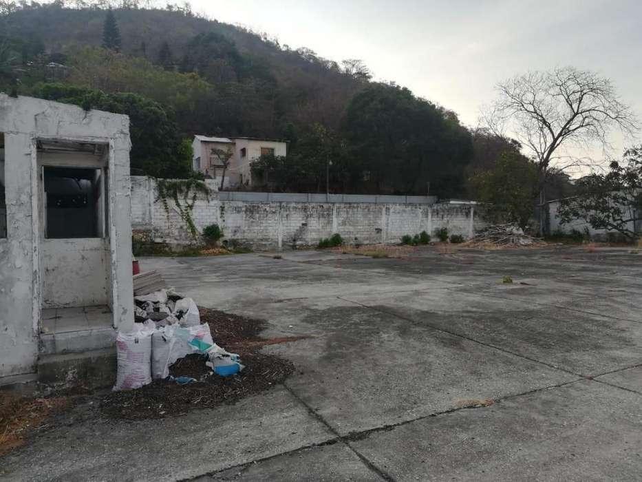 Sector Av. Carlos Julio Arosemena – Terreno en venta