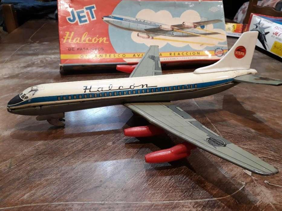 Avion Jet Halcon de Pasajeros