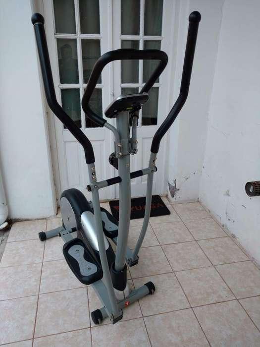 Caminador Eliptico Tecno Fitness E1050