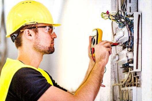 instalaciones electricas residenciales a domicilio en Quito