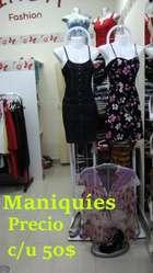 Remate: Venta al por mayor y menor de vestidos, ropa, zapatos nuevos de mujer, maniquíes y percheros