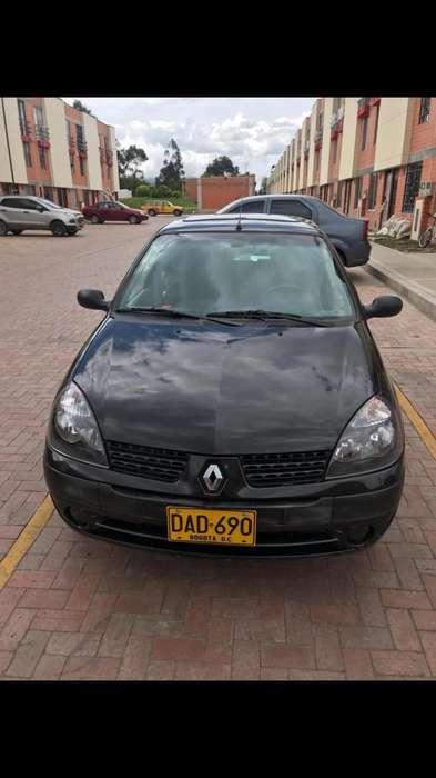 Renault Clio  2009 - 105000 km