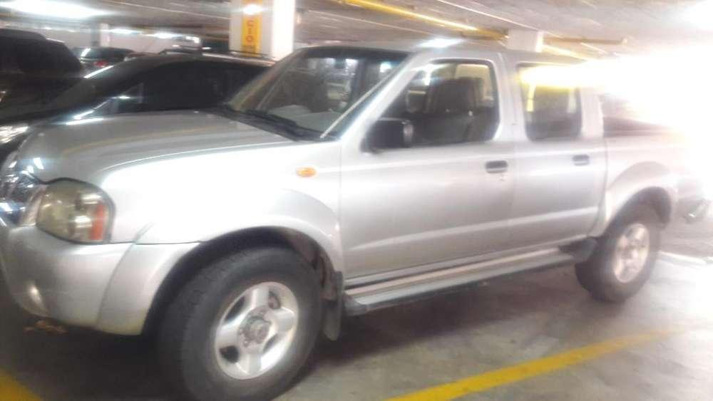 Nissan Frontier 2007 - 2780000 km